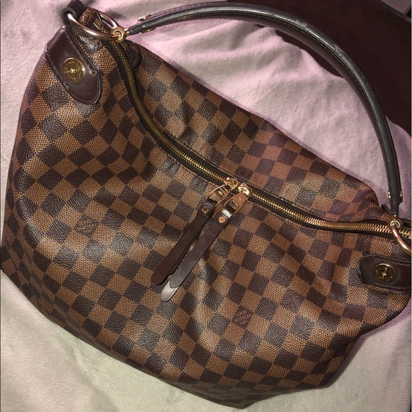 Louis Vuitton Handbags - Damier Ebene Duomo Hobo 🥰
